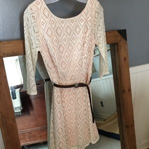 Dresses & Skirts - White lace dress with nude underlay